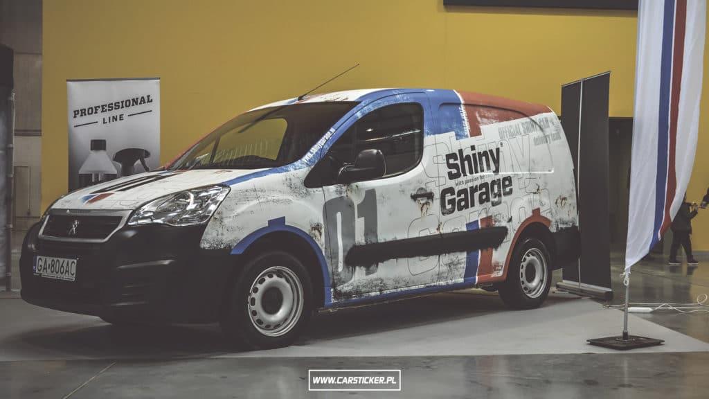 shiny-garage-car